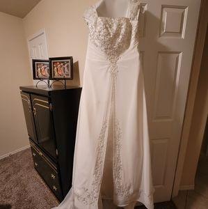 Wedding Dress/Veil/Blusher/Hoop Slip